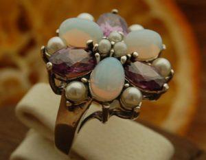 srebrne pierścionki z onyksem, rubinem, granatem i ametystem